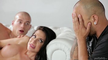 He doesnt look at his girlfriend when he shoots another - porn movies